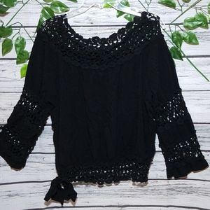 Rogue F. crochet bell sleeves scoop neck blouse Lg
